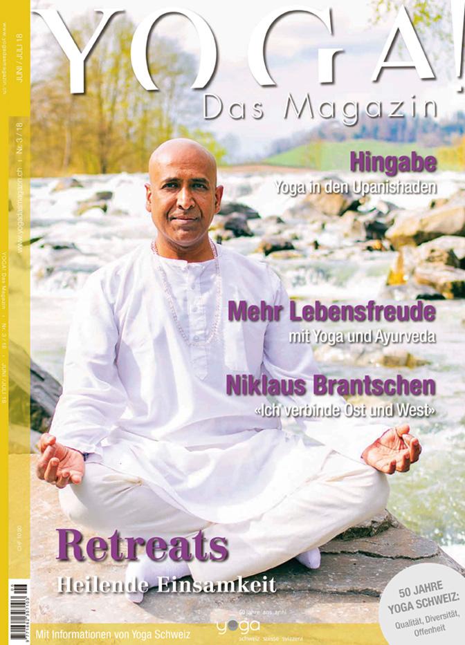 Unser Meditations Und Yoga Lehrer Shanmugarajah Lazarus Auf Der